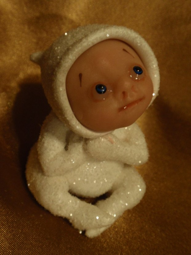 "Snow Baby is just under 2"" tall"