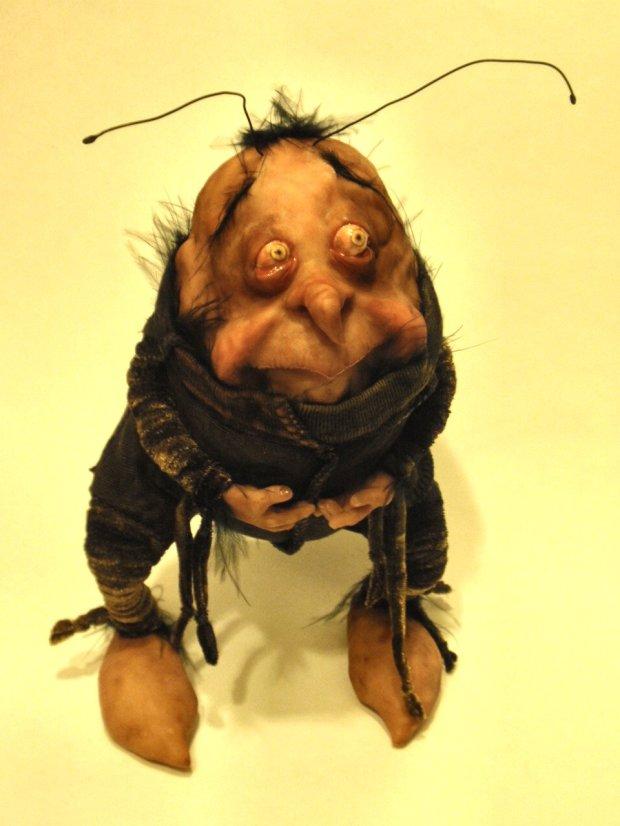 Roach Has a Tummy Ache - Bledsoe